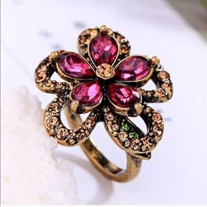 Beautiful Size 7 Ring for Summertime Wear
